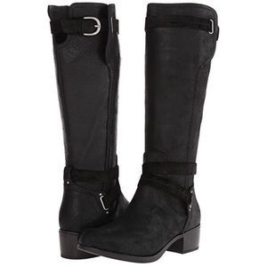 613597d782e Women Ugg Darcie Boots on Poshmark